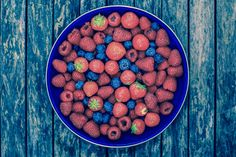 Summer Fruit Summer Fruit, Dog Food Recipes, Food Photography, Dishes, Plate, Tablewares, Tableware, Cutlery, Kitchen Utensils