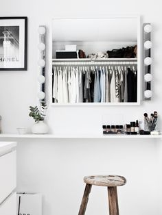 When it comes to styling your hair or applying make-up, proper lighting is key. Mounting wall lamps, like MUSIK, on either side of your mirror will give you a good, even light while minimizing glare and shadows.
