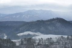 Sometimes the Smoky Mountains become Snowy Mountains!