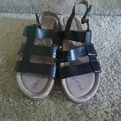 Easy Spirit Sandles Great condition super comfy Easy Spirit Shoes Sandals