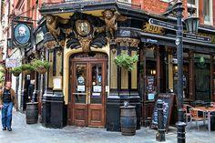 The Salisbury, Covent Garden, a well preserved Victorian pub. Bristol England, England Uk, London England, London Pubs, Old London, Ideas Pub, Pub Design, British Pub, Old Pub