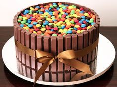 Bolo Kit Kat for my next birthday! Chocolate Dreams, Chocolate Cake, Chocolate Bis, Bolo Kit Kat Receita, Torta Kit Kat, Cake Kit, Easy Smoothie Recipes, Cupcakes, Coconut Recipes