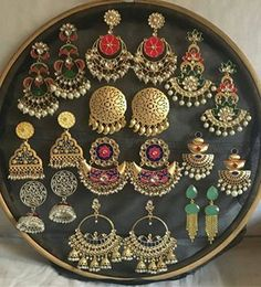 Beautiful Jewelry 31 Beautiful Haram Designs You Will Only Find On This Brand! Indian Jewelry Earrings, Indian Jewelry Sets, Jewelry Design Earrings, India Jewelry, Ear Jewelry, Designer Earrings, Fashion Earrings, Fashion Jewelry, Gold Jewellery