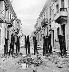 Βουλα Παπαιωαννου -Δεκεμβριανά.Οδοφραγματα στην Αθηνα 1944