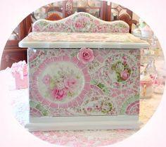 Pink Roses Galore Mosaic Bread Box