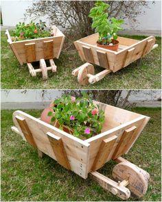 wood pallets Wheelbarrow planter for garden decor