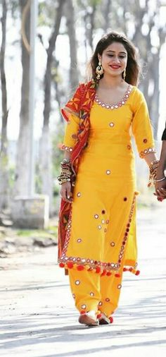 HappyShappy - India's Own Social Commerce Platform Salwar Designs, Patiala Suit Designs, Neck Designs For Suits, Dress Neck Designs, Blouse Designs, Punjabi Fashion, Bollywood Fashion, Indian Fashion, Designer Salwar Kameez
