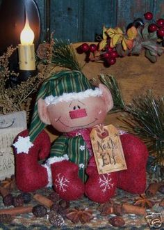 Primitive Raggedy Noah Elf Christmas Doll Pattern #187 | This little guy is sooo cute! I want one!