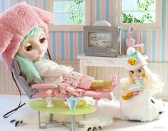 On the bear rug by Minitα, via Flickr. blythe blythes doll dollhouse rement