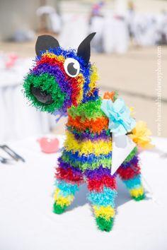 Destination Wedding Photographer || Hannah Hardaway || Punta Mita, Mexico Wedding || Casual Beach Wedding || Mexican Themed Colorful Wedding || Piñata || www.hannahhardawayphoto.com