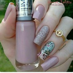 34 bright floral nail designs you should try for spring 2019 028 - Spring Nails Joy Nails, Beauty Nails, Perfect Nails, Gorgeous Nails, Pretty Nail Colors, Pretty Nails, Manicure E Pedicure, Elegant Nails, Cute Acrylic Nails