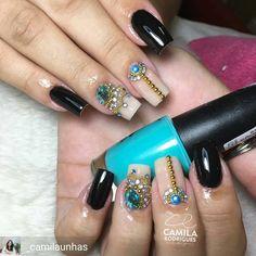@Regrann from @_camilaunhas -  Quando a cliente diz, faz aiiiiii! 😁😌 Pedrarias lindas da @tata_customizacao_e_cia ✅  Www.tatacustomizaçãoecia.com.br . . . #unhas #instagood #nails #photooftheday #manicure #beautiful #happy #cute #unhasdasemana #loucasporunhas #fashion #girl #followme #love #esmalte #esmaltes #esmalteria  #me #nails2inspire #unhasdeporcelana #instaunhas #viciadaemvidrinhos  #unhasdecoradas #nailart #instanails  #esmaltadas  #unhastop #unhaslindas  #glitter #degrade
