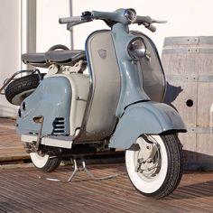 #Padgram Retro Scooter, Lambretta Scooter, Vespa Scooters, Vespa Girl, Motor Scooters, Mini Bike, Vintage Motorcycles, Classic Cars, Super 4