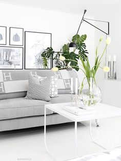 Bright white Scandinavian living room with modern interior. Interior Exterior, Home Interior Design, Modern Interior, Living Room Inspiration, Home Decor Furniture, Home And Living, Modern Living, Living Room Decor, Decoration