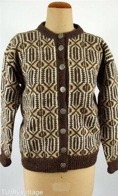 Bilderesultat for dale snowflake 303 Norwegian Knitting, Creative Knitting, Mom And Grandma, Fair Isle Knitting, How To Purl Knit, Men Sweater, Retro, Pattern, Nostalgia