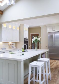 Hand Painted Kitchen With Modern Feel, HERITAGE COLLECTION, Hand Painted, Straight lines, crisp design, fresh modern colours all add to the overal impact of this bespok... - O'Connor Kitchens Kitchen Paint, Kitchen Design, Straight Lines, Modern Colors, Crisp, Kitchens, Hand Painted, Colours, Table