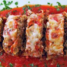 Italian Meatloaf- So yummy! One of the best meatloaf recipes out there! Think Food, I Love Food, Good Food, Yummy Food, Tasty, Meatloaf Recipes, Meat Recipes, Cooking Recipes, Recipes Dinner
