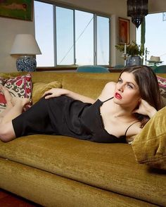 Alexandra Daddario by Jim Krantz Photoshoot 2019 - Alexandra Daddario by Jim Krantz Photoshoot 2019 Source link. Playboy, Percy Jackson, Alexandra Daddario Images, Baywatch, Cosplay, Celebrity Hairstyles, Celebrity Pictures, Hollywood Actresses, American Actress