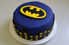 Barbara's Backstube: Batman Torte (Baileyskuchen mit zweierlei Schokoladenfüllung)