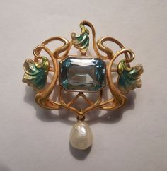 Vintage Victorian 14K Gold Aquamarine Pearl Iridescent Enamel Ornate Flower Pin