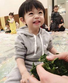 Cute Baby Boy, Cute Little Baby, Little Babies, Cute Kids, Baby Kids, Cute Asian Babies, Korean Babies, Asian Kids, Cute Babies