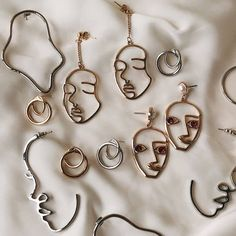 - non… aesthetic jewelry accessories silver girl accessories - Bijoux Design, Schmuck Design, Jewelry Design, Ear Jewelry, Jewelery, Silver Jewelry, Silver Ring, Silver Earrings, Silver Bracelets