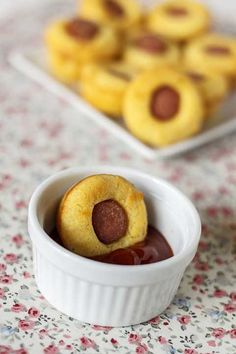 Muffins salados de salchichas o muffins hot-dog