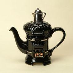 Pot Belly Stove, One cup teapot. for the soda fountain Teapots And Cups, Teacups, Teapot Design, Teapots Unique, Tea For One, Tea Pot Set, Mad Hatter Tea, Tea Art, Chocolate Pots