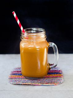Carrot, Apple & Ginger Juice The Perfect Margarita grapefruit bitters recipe Urban Fresh Fruit - Lumpy smoothie Juicing Oatmeal Smoothies, Yummy Smoothies, Juice Smoothie, Smoothie Drinks, Smoothie Recipes, Fitness Smoothies, Ginger Smoothie, Ginger Juice, Ginger Ale