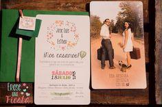 Invitación de boda viajera vintage en tonos melocotón y verde oscuro con foto en la parte trasera, wedding invitations por www.eraseunafiesta.com