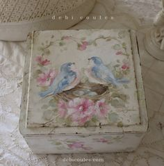 My hand painted bluebird and roses keepsake box is now available at www.debicoules.ocm see you soon!