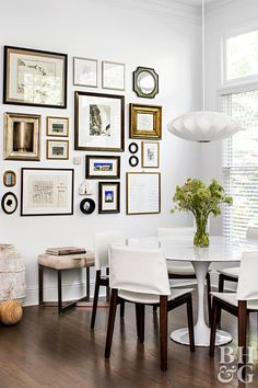 Get inspired by Modern Dining Room Design photo by TERRACOTTA DESIGN BUILD. Wayfair lets you find the designer products in the photo and get ideas from thousands of other Modern Dining Room Design photos. Inspiration Wand, Decoration Inspiration, Decor Ideas, Dining Room Walls, Dining Room Design, Living Room, Easy Home Decor, Frames On Wall, Gallery Wall Frames