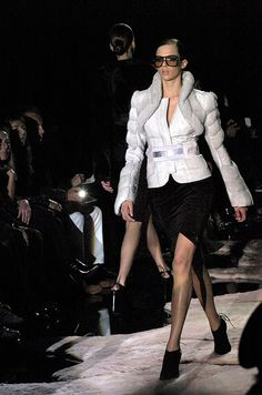 Tom Ford's Greatest Runway Hits, in Honor of His NYFW Return: Gucci fall 2004 | allure.com