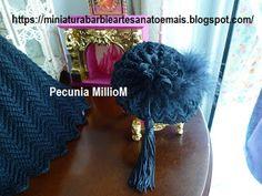 Vestido de Época em Crochê Para Boneca Barbie - Sra. Inglesa do Séc. XVIII Por Pecunia MillioM chapeu 3