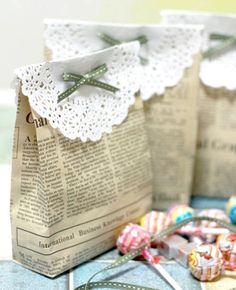 SCACCO ALLE REGINE: La carta da pacco per i regali