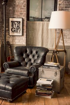 Recently I was invited to discover the newest collections for Ralph Lauren Home. Three distinct styles but still within Ralph Lauren's signature classic Americana vibes. If these vignettes inspire you