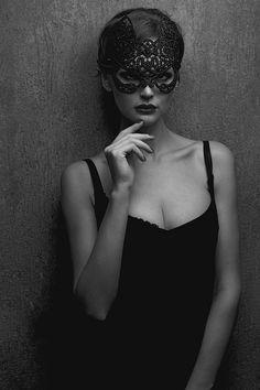 ti voglio sconosciuta cosi' che  i miei baci ti possano riscoprire dentro