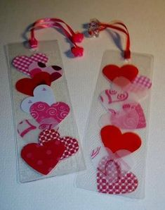 marque-page … Plus Heart Bookmark, Bookmark Craft, Diy Bookmarks, Mothers Day Crafts, Valentine Day Crafts, Holiday Crafts, Valentines, Printable Valentine, Free Printable