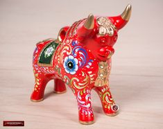Hand painted Red Ceramic Pucara Bull , Folk art ceramic, Bull of Pucara Figurine, Peruvian Sculpture, pottery sculpture from Peru by DECORCONTRERAS on Etsy Small Sculptures, Pottery Sculpture, Ceramic Painting, Folk Art, Artisan, Handmade Items, Hand Painted, Ceramics, Red