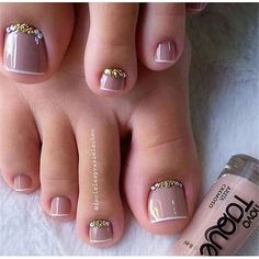 130 2019 should try the inspiration nail design picture Page 19 of 129 is part of Simple Pastel nails Pale Pink - We deeply hope that these pictures are your favorite choice We hope you enjoy it, save it and share it with your friends Pretty Toe Nails, Cute Toe Nails, Pretty Toes, Gorgeous Nails, My Nails, Pedicure Designs, Manicure E Pedicure, Toe Nail Designs, Pedicure Ideas