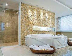 O mosaico de parede pode ser uma opção muito elegante e moderna na decoração da parede da sua casa. Pode ser usada no quarto, banheiro, sala, corredor etc.