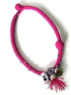 #worldofcrafters www.worldofcrafters.gr Thread Jewellery, Paper Jewelry, Crochet Jewellery, Spool Knitting, Knitting Accessories, Stone Jewelry, Crochet Projects, Crochet Necklace, Handmade Jewelry