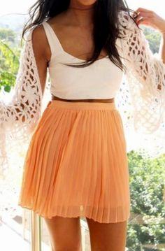 Flowy peach skirt & a crop top stylish Look Fashion, Fashion Beauty, Fashion Outfits, Womens Fashion, Fashion Ideas, Fashion Clothes, Fashion Black, Teen Fashion, Skirt Fashion