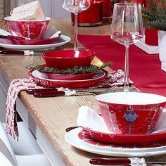 Teema, Taika and Essence Danish Christmas, Nordic Christmas, Kitchen Plates Set, Red Bowl, Dish Sets, Marimekko, Party Party, Xmas Decorations, Plate Sets