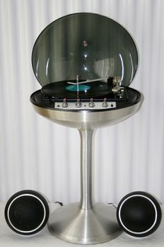 Apollo 861/Circa 711 system ELECTROHOME CANADA . Had this growing up and would love to still own!