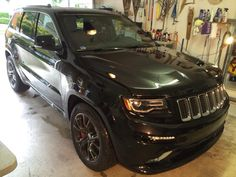 Grand Cherokee Srt8, Road Runner, Car In The World, Rockers, Car Ins, Cool Cars, Mirrors, Films, Cups