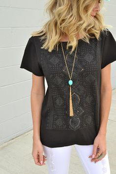 Knot Sisters Bailey Boyfriend Tee - Black from Page 6 Boutique