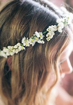 wreath-floral-crown-daisy-lace-yellow-wedding-inspiration82-lovely for our flower girls?