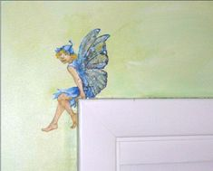 Kids room wall murals - Home Decorating Trends - Homedit Kids Wall Murals, Murals For Kids, Door Murals, Fairy Nursery, Fairy Bedroom, School Murals, Mural Painting, Faux Painting, Little Girl Rooms