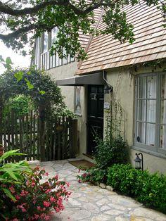 145 best fairy tale cottages images in 2019 cottage cottage homes rh pinterest com